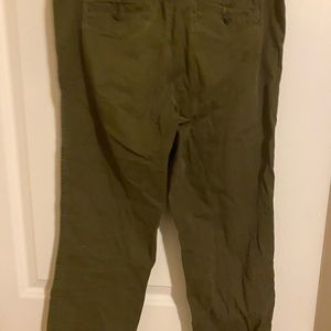 Abercrombie & Fitch Pants - a&f army ankle length green chinos